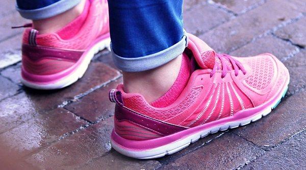 10 zapatillas de mujer ideales para hacer deporte esta primavera