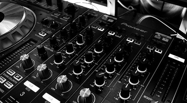 Las mejores mesas de mezcla profesionales por menos de 200 euros