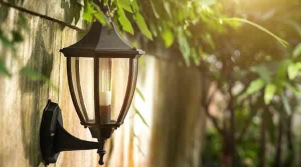 10 productos ideales para la iluminación de tu jardín, patio o terraza