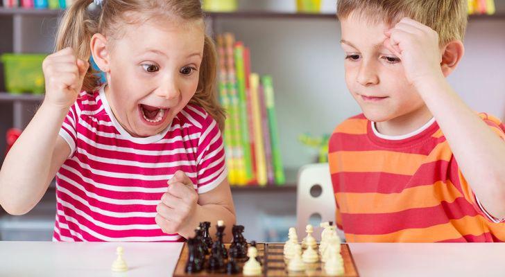 Los Mejores Juegos De Mesa Para Pasar Una Tarde En Familia Capitan
