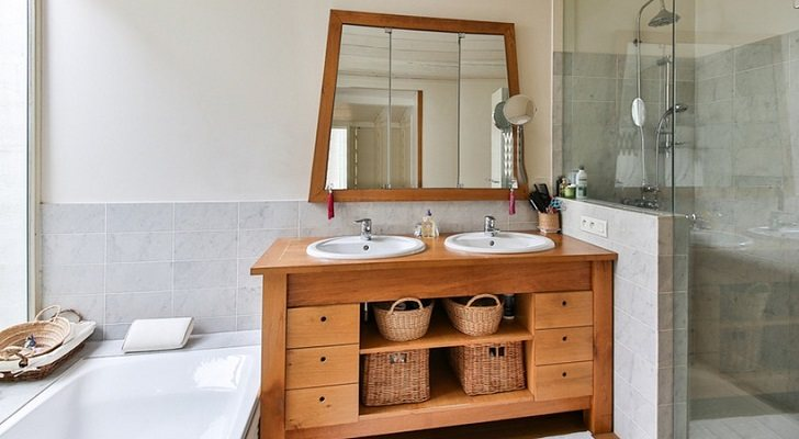 10 muebles ideales para decorar tu baño