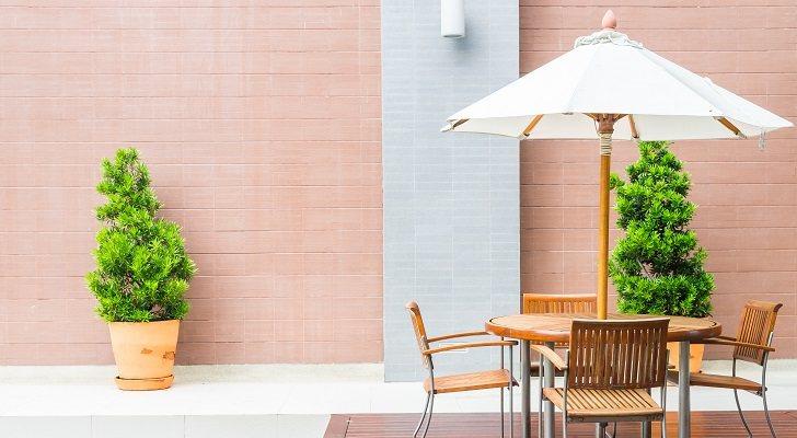 Las mejores sombrillas para jardín o terraza