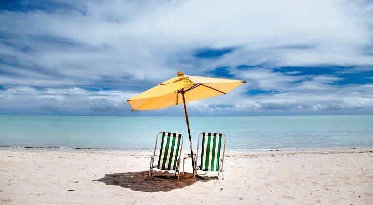 Las mejores sombrillas de playa por menos de 60 euros