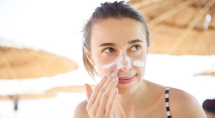 Las mejores cremas solares faciales de protección alta